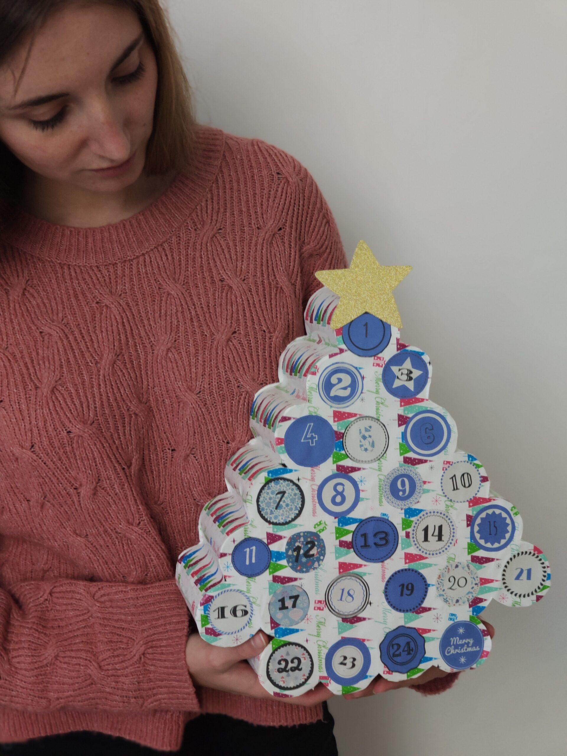 calendario dell'avvento con rotoli di carta igienica